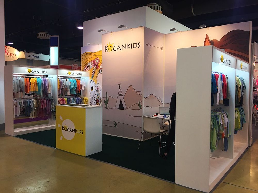 Exhibition Stand Clothes : Clothes and footwear